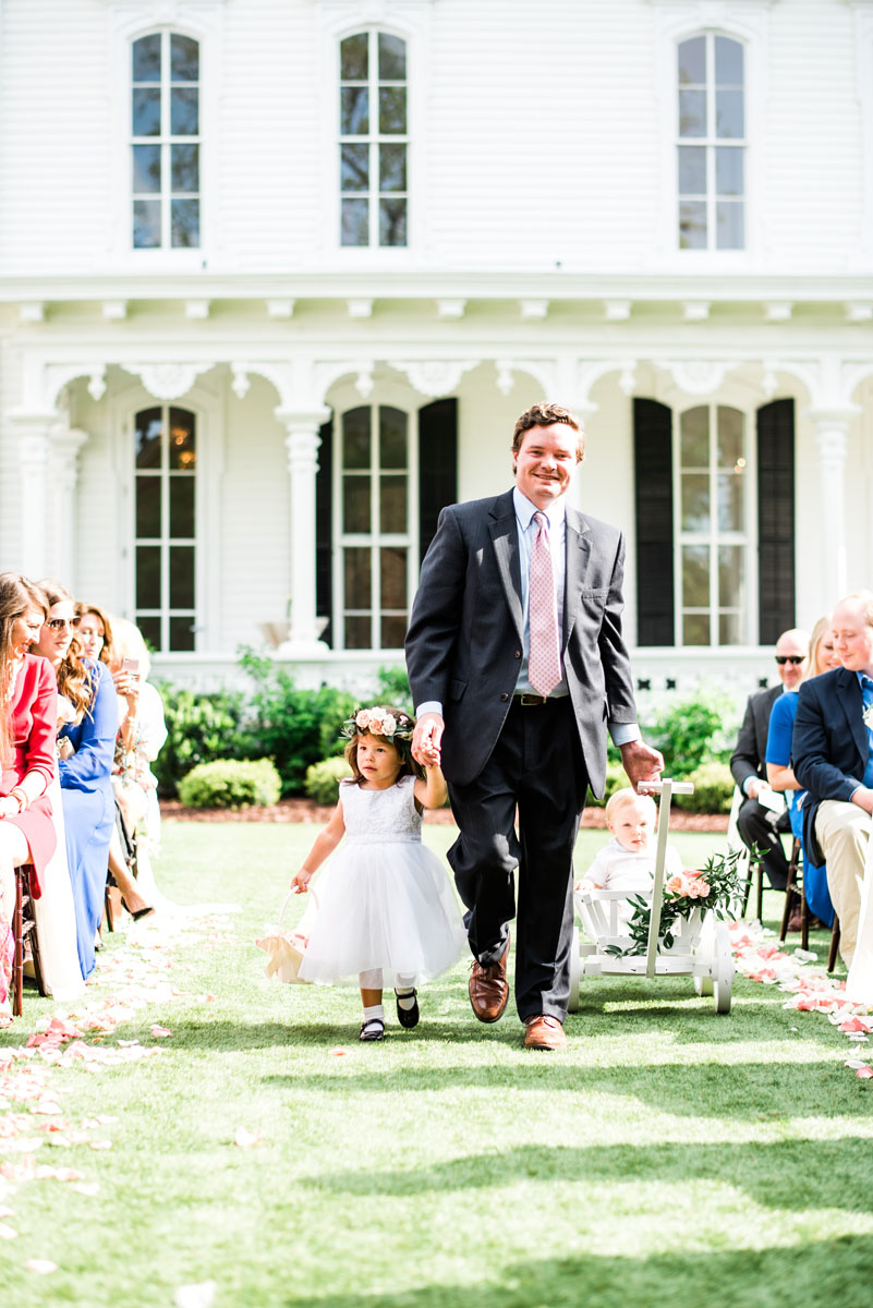 southern_wedding_floral_design_fresh_bright.jpg