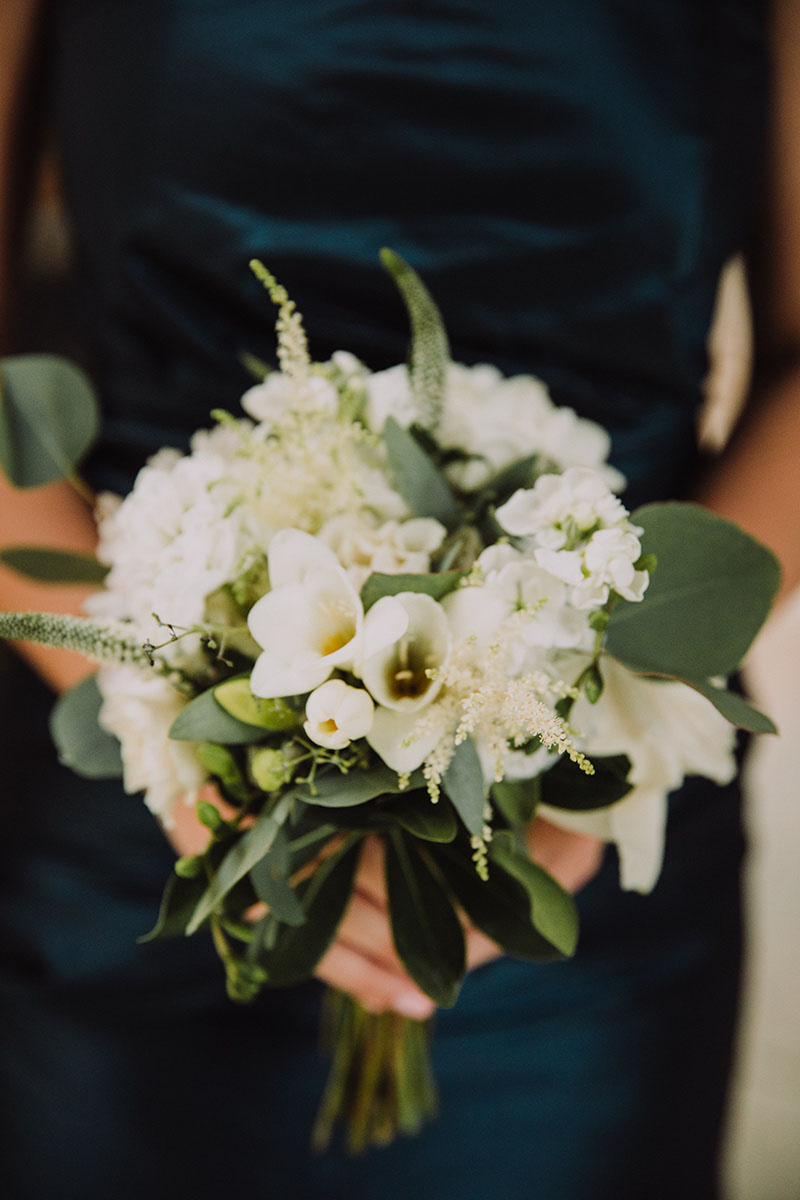 simple_organic_floral_design.jpg