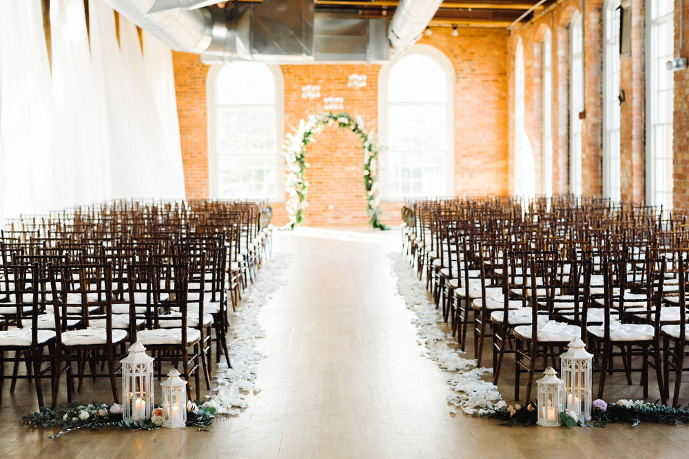 classic_feminine_wedding_florist_durham_industrial_warehouse.jpg