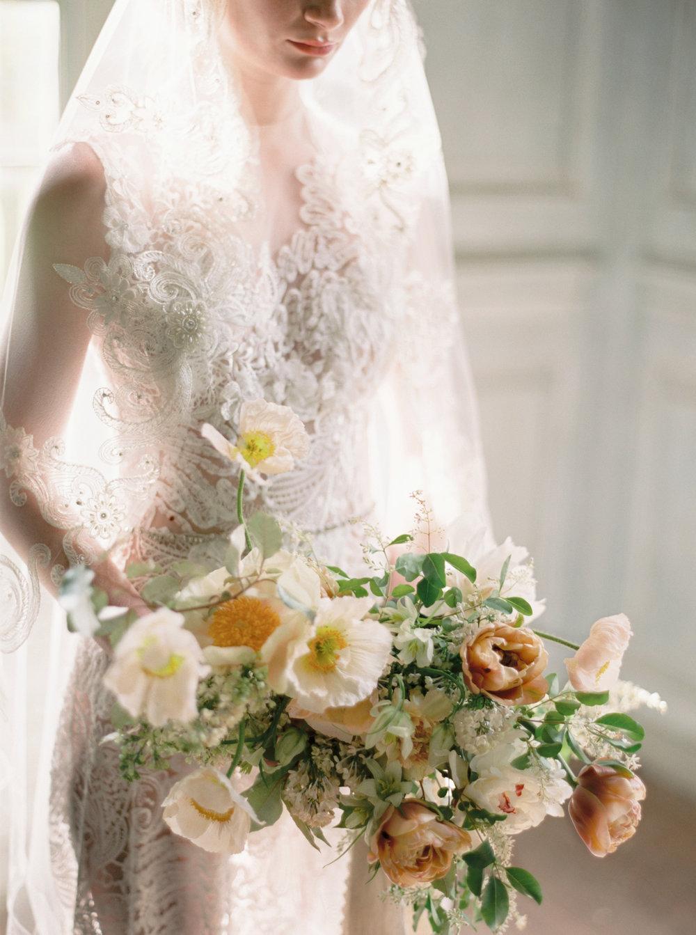Lovely - Romantic Bridal Inspiration