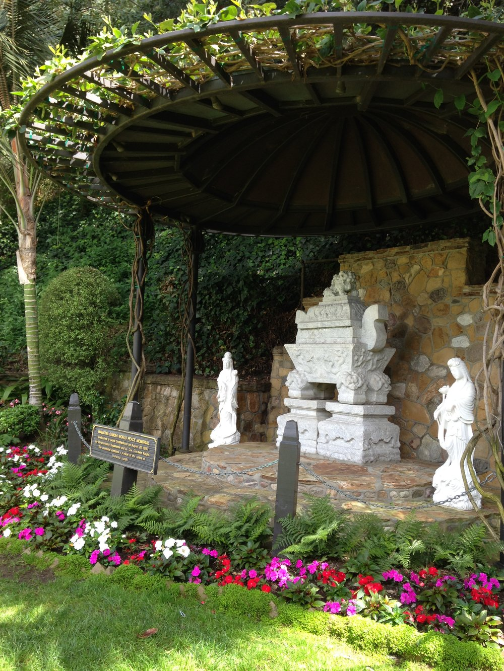 Svivnanda Inner Peace Temple