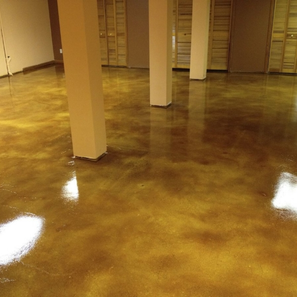 stained-concrete-1213_0.jpg