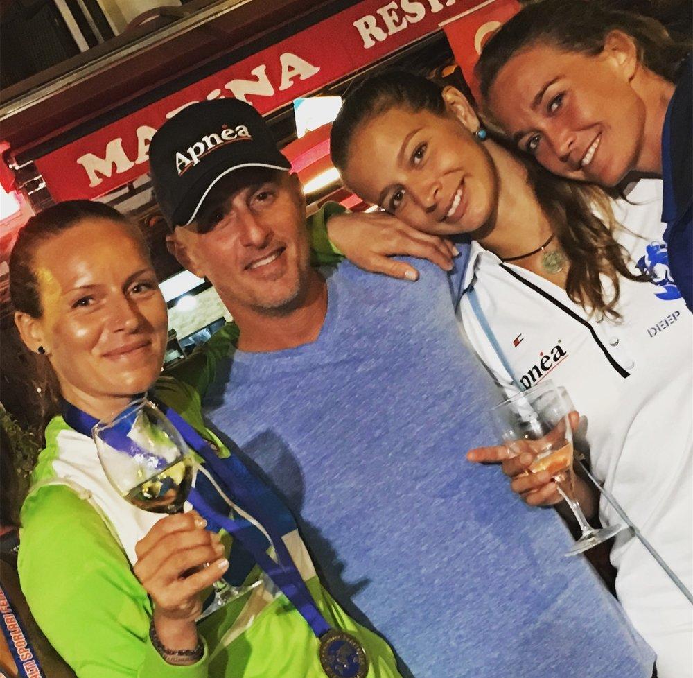 Mermaids Alenka Artnik, Nataliia Zharkova, Alessia Zecchini and me at 2017 CMAS European Championships, Kas Turkey