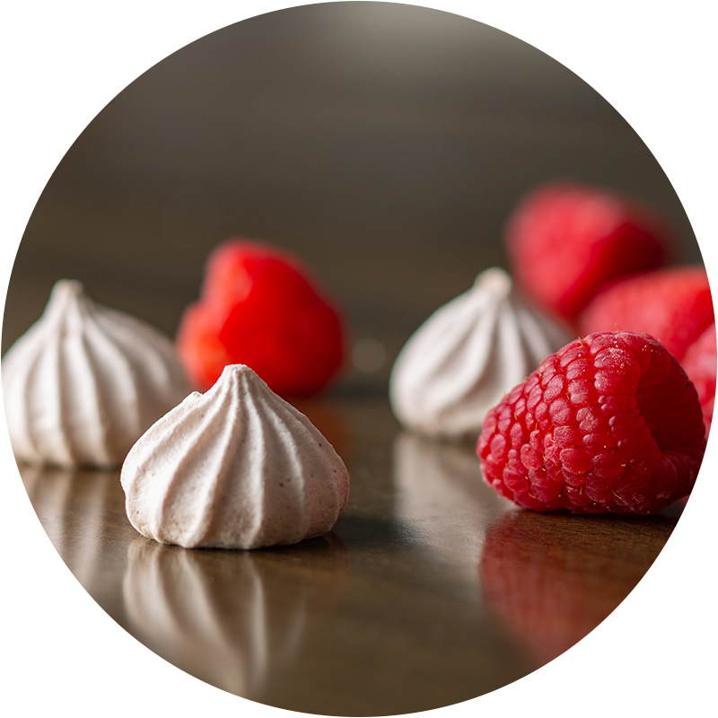 Raspberry - Raspberry kisses use powdered freeze-dried organic raspberries with seeds. Raspberries are an excellent source of fiber and vitamin C. These kisses are tart but sweet.