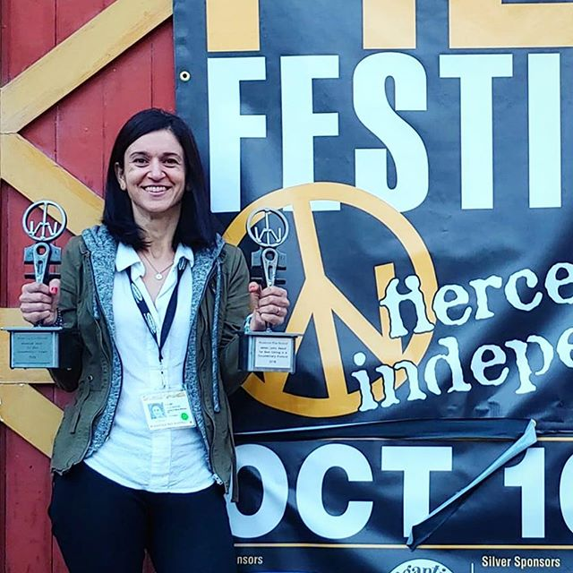 Congrats to my super talented friend and Hudson valley local @rababhajyahya for winning the James Lyon Award for Best Editing in a Documentary Feature and for the team Assia, Jessica Shuling et al. for winning the Maverick Award for Best Documentary Feature. Go see The Feeling of Being Watched  CONGRATS  #woodstockfilmfestival #themaverickawards #thejameslyonaward #documentaryfilm #thefeelingofbeingwatched #documentaryfilmeditor #hudsonvalleyfilms #localstar #hudsonvalleytalent