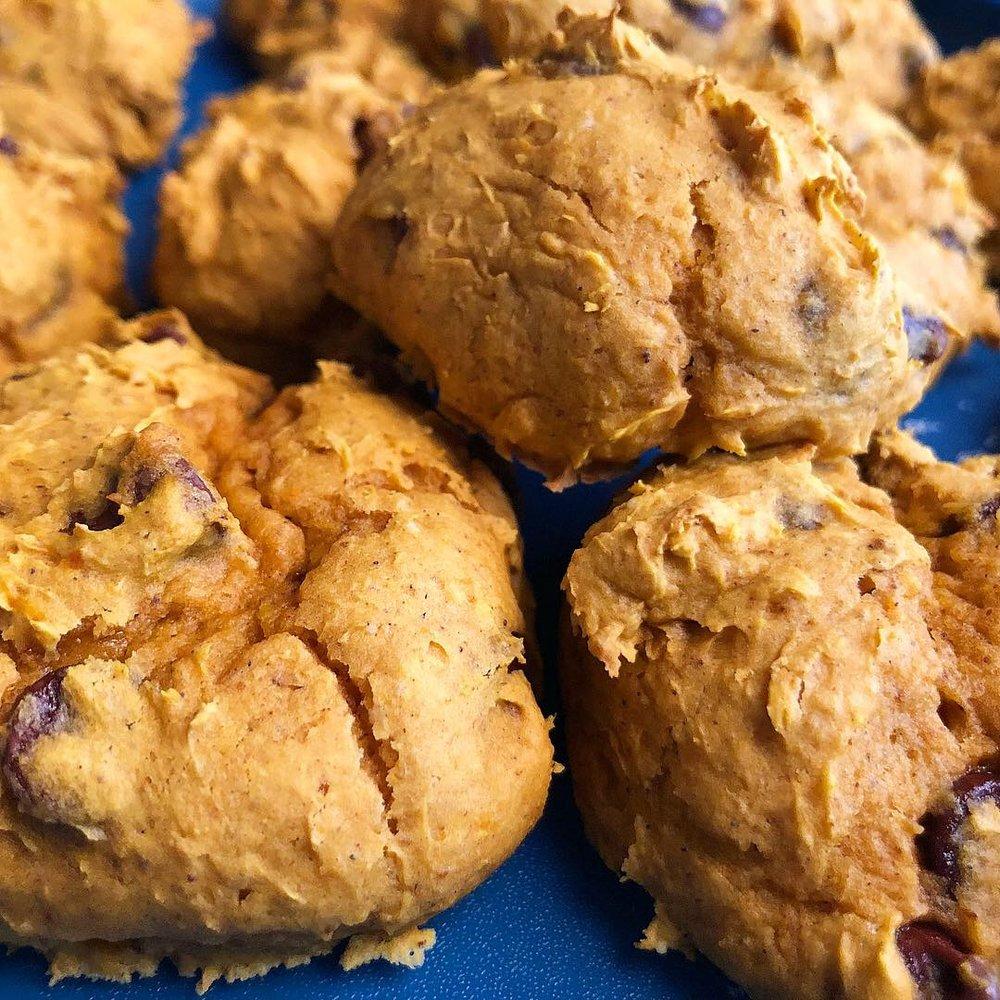 pumpkin chocolate chip cookies 5.JPG