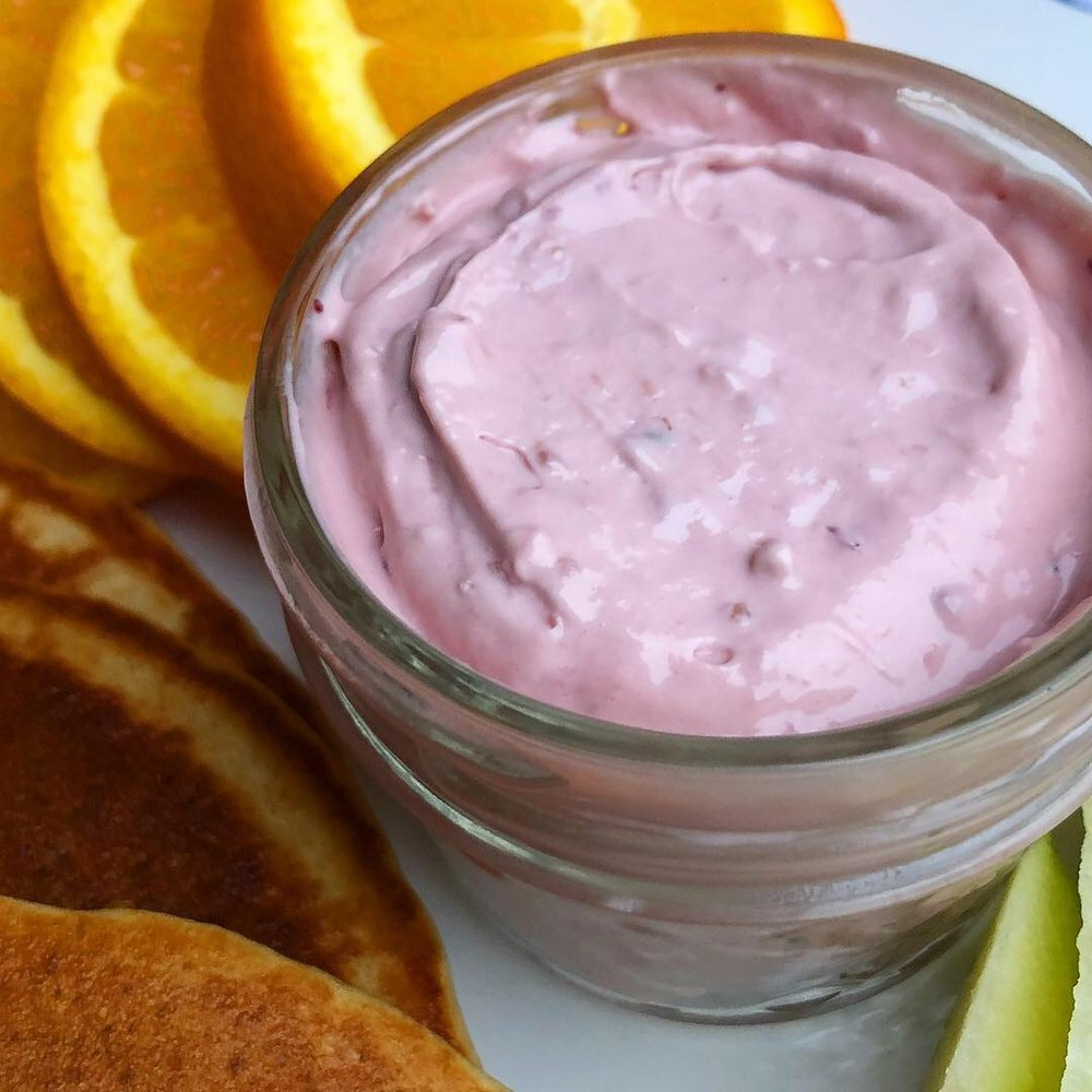 berry cream cheese 5.JPG