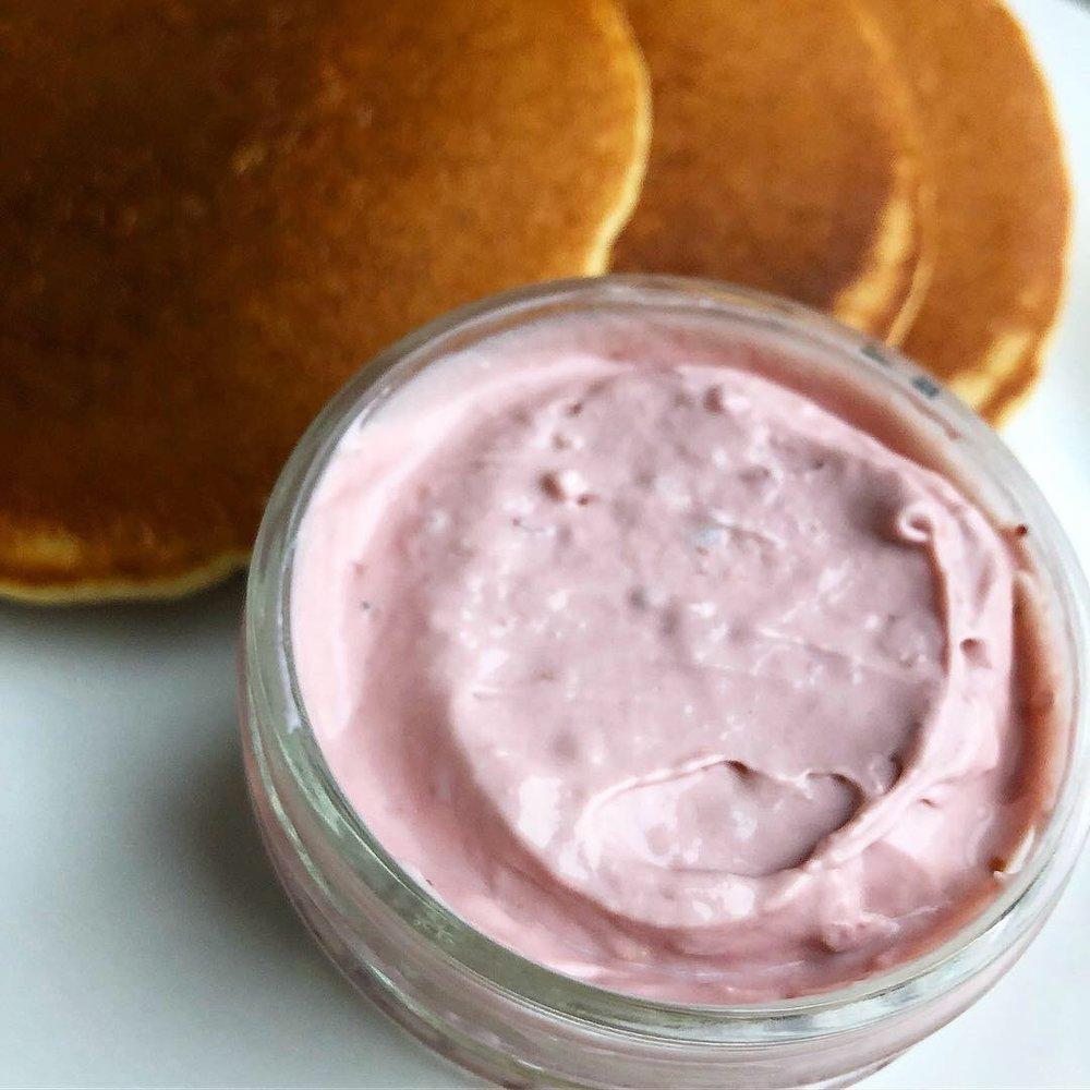 berry cream cheese 3.JPG