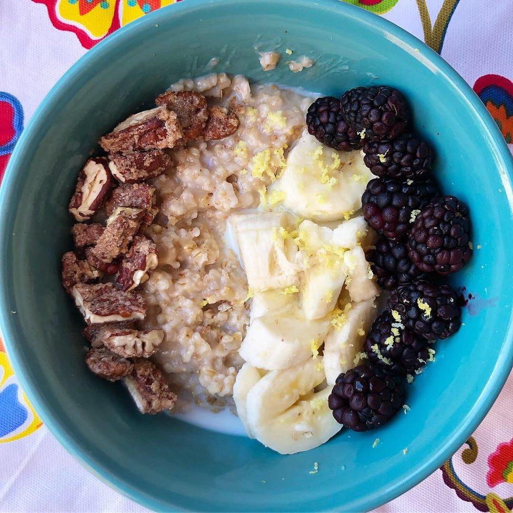 blackberry lemon steel cut oatmeal 4.JPG
