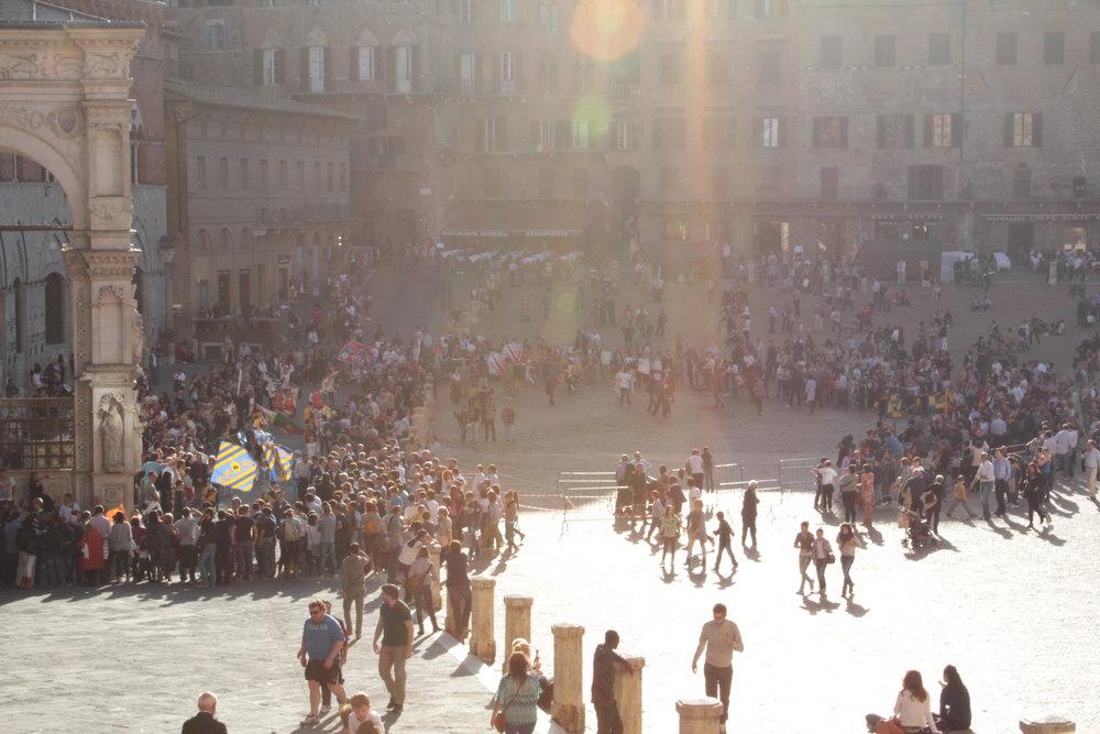 piazza-del-campo_8120054245_o.jpg