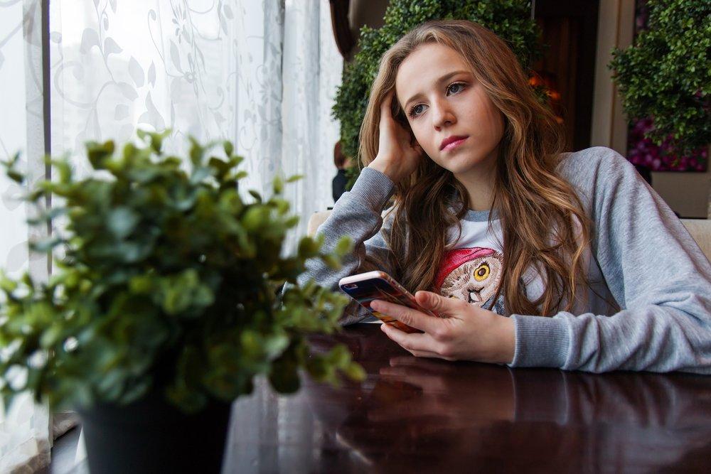 girl-1848477_1920.jpg