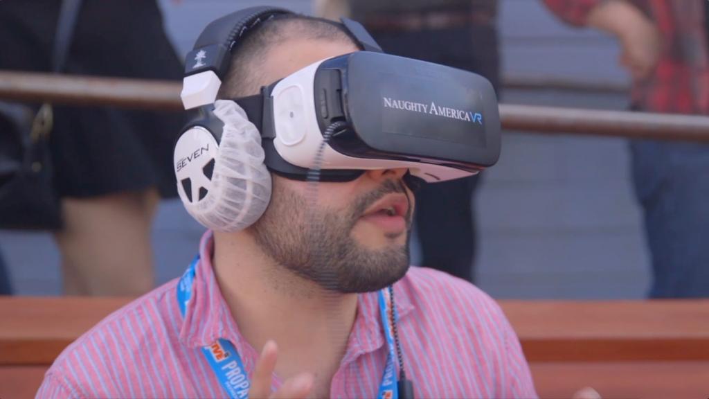 Straight VR Porn 2