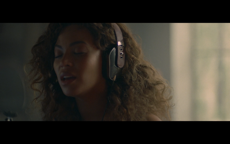 Pryma Beyonce's Headphones Lemonade