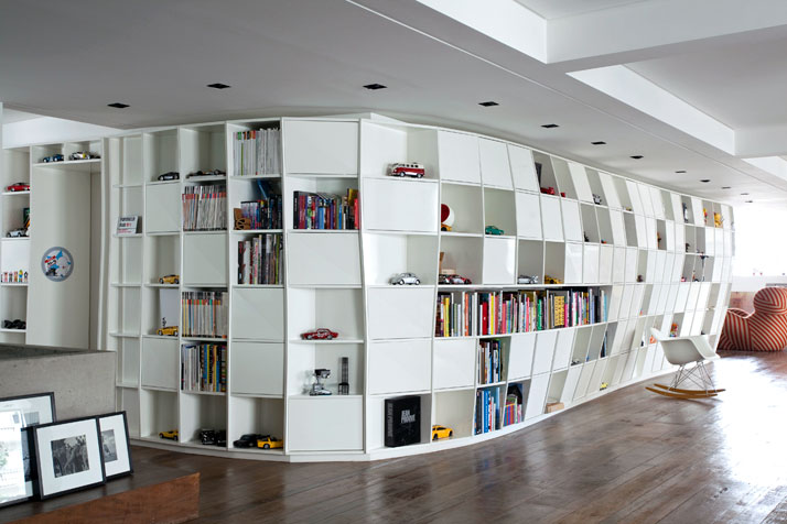 bending-bookcase-apartment-by.jpeg