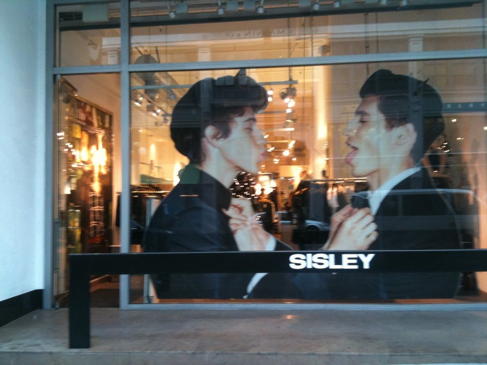 sisley-storefront-in-san-franciscos-union-square.jpeg