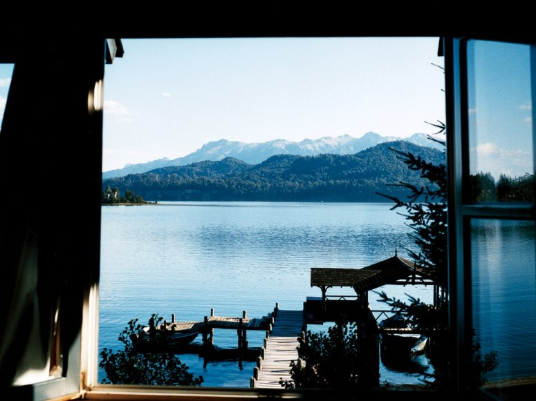 item61.rendition.slideshowWideHorizontal.las-balass-hotel-villa-la-angostura-argentina-rwav-1207