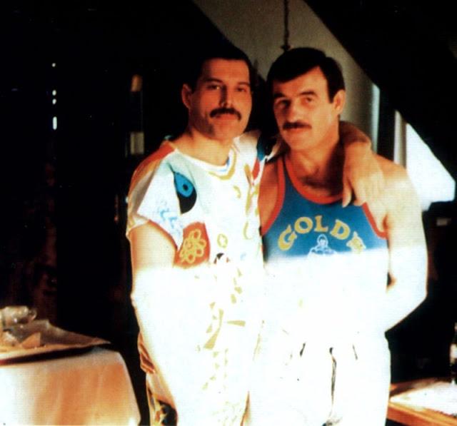 wsi-imageoptim-Freddie-Mercury-Jim-Hutton-4.jpg
