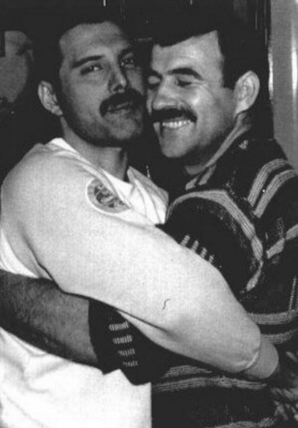 wsi-imageoptim-Freddie-Mercury-Jim-Hutton-12.jpg