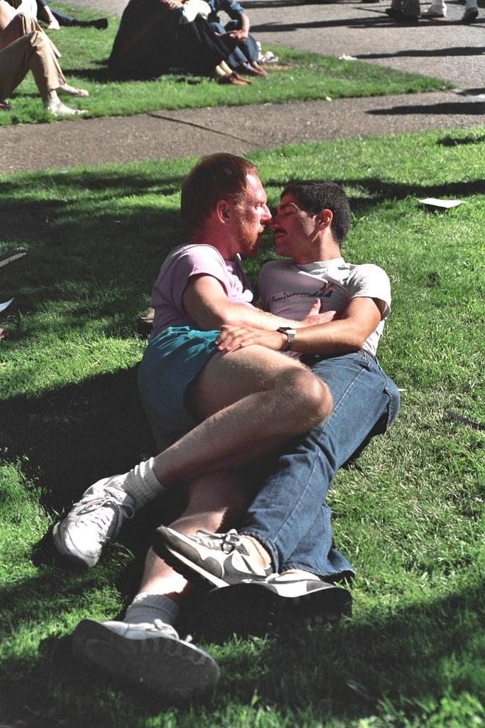 Vintage-Gay-Pride-Photos-San-Francisco5.jpg