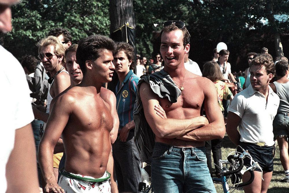 Vintage-Gay-Pride-Photos-Chicago1.jpg