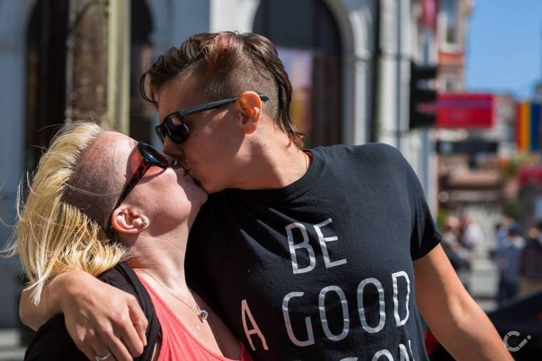 KeepKissing-LGBT-Couples-by-Curt-Janka7.jpg