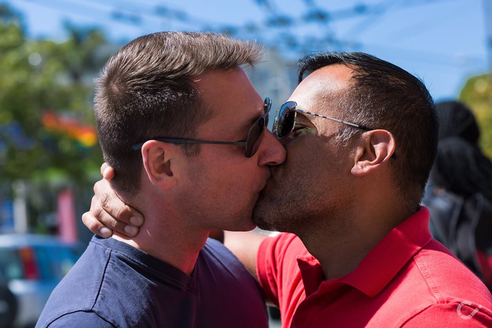 KeepKissing-LGBT-Couples-by-Curt-Janka12.jpg