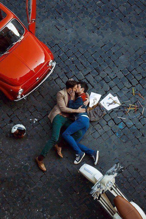 Two-Men-Kissing-Gay-Kiss-Photos-Pics79.jpg