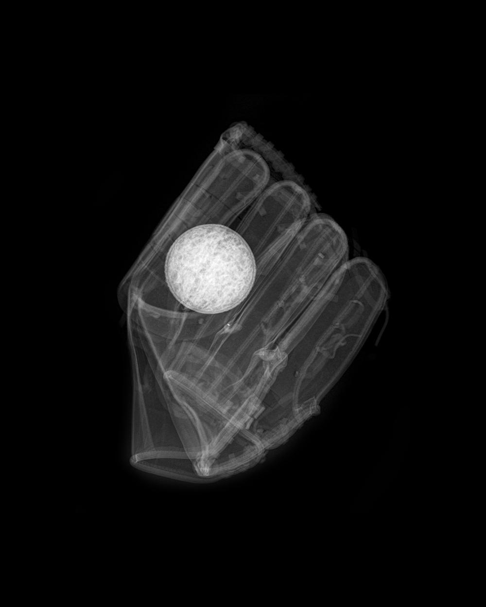 baseball_glove_final.jpg