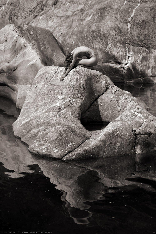 Felix-Peter-NudeArt-Photography_Bern_005.jpg