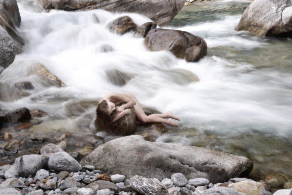 Felix-Peter-NudeArt-Photography_Bern_004.jpg
