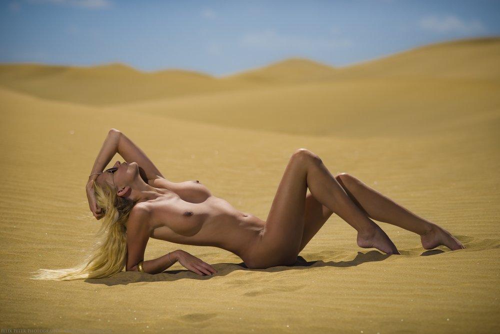 Felix-Peter-NudeArt-Photography_Bern_011.jpg