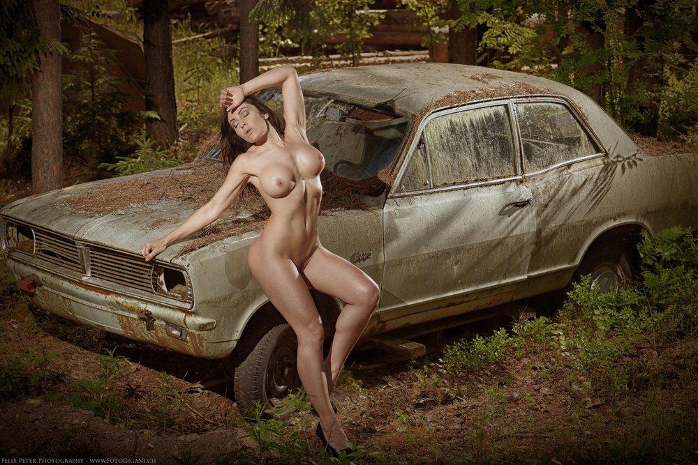 Felix-Peter-NudeArt-Photography_Bern_018.jpg
