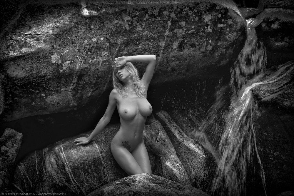 Felix-Peter-NudeArt-Photography_Bern_046.jpg
