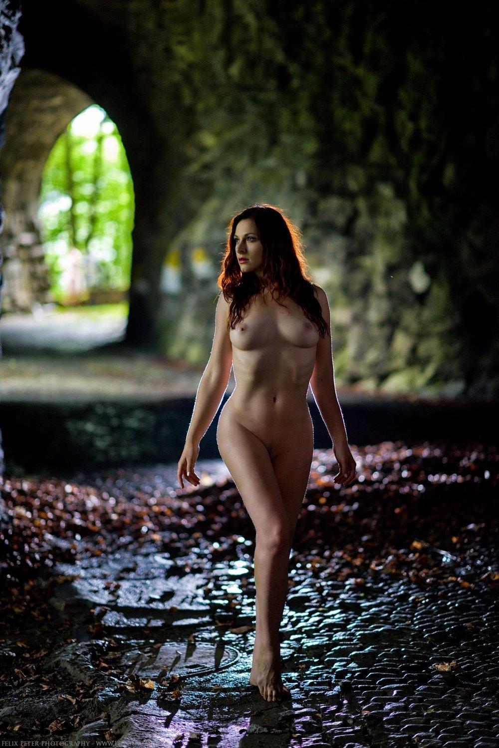 Felix-Peter-NudeArt-Photography_Bern_083.jpg