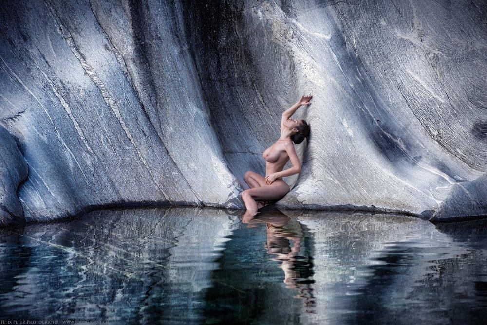 Felix-Peter-NudeArt-Photography_Bern_091.jpg