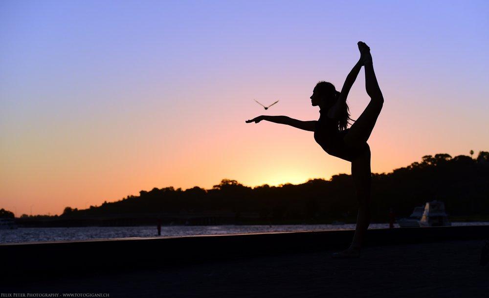 Felix-Peter-Yoga-Pilates-Dance-Fotografie_Bern_033.jpg