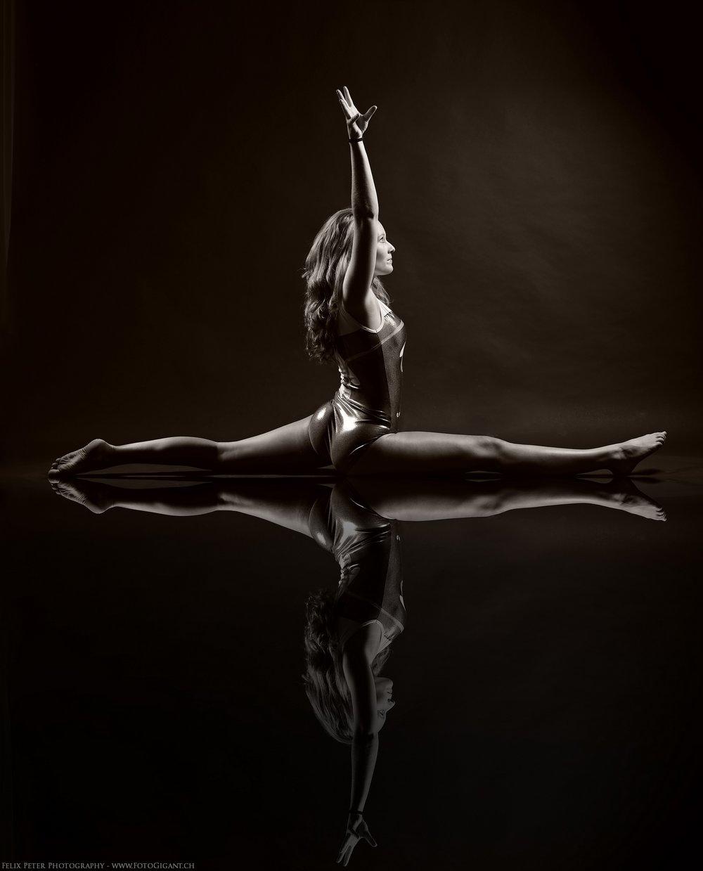Felix-Peter-Yoga-Pilates-Dance-Fotografie_Bern_073.jpg