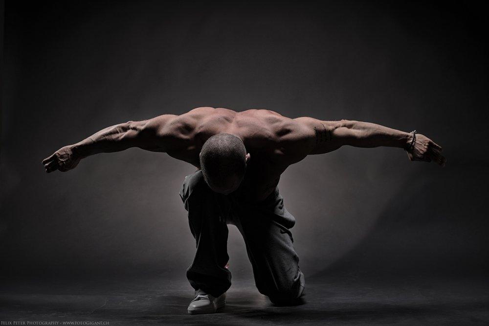Felix-Peter-Yoga-Pilates-Dance-Fotografie_Bern_097.jpg