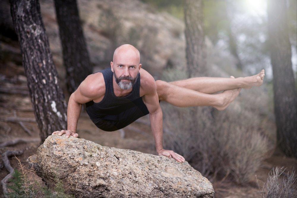 Felix-Peter-Yoga-Pilates-Dance-Fotografie_Bern_120.jpg