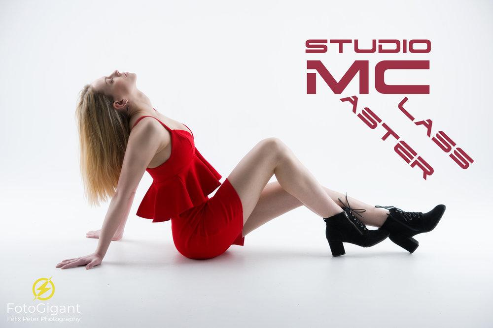 Model: Kim  / Studio: Mietstudio René Felderer