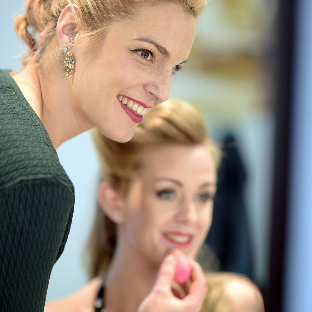 Angela Muri - Ist die Inhaberin des Beauty-Salons