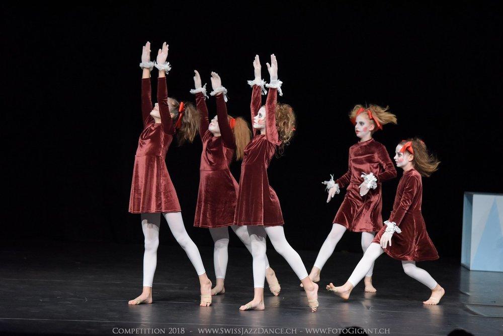 Showdance_2018_0200s.jpg
