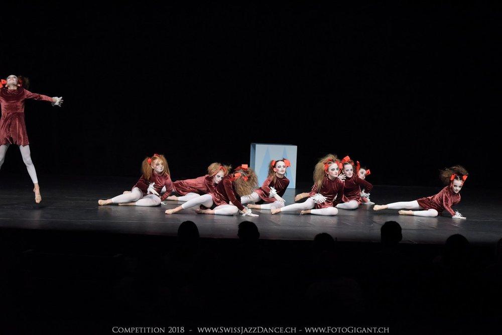 Showdance_2018_0216s.jpg