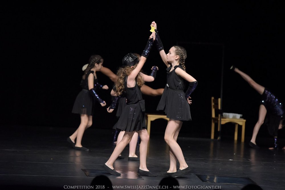 Showdance_2018_0772s.jpg