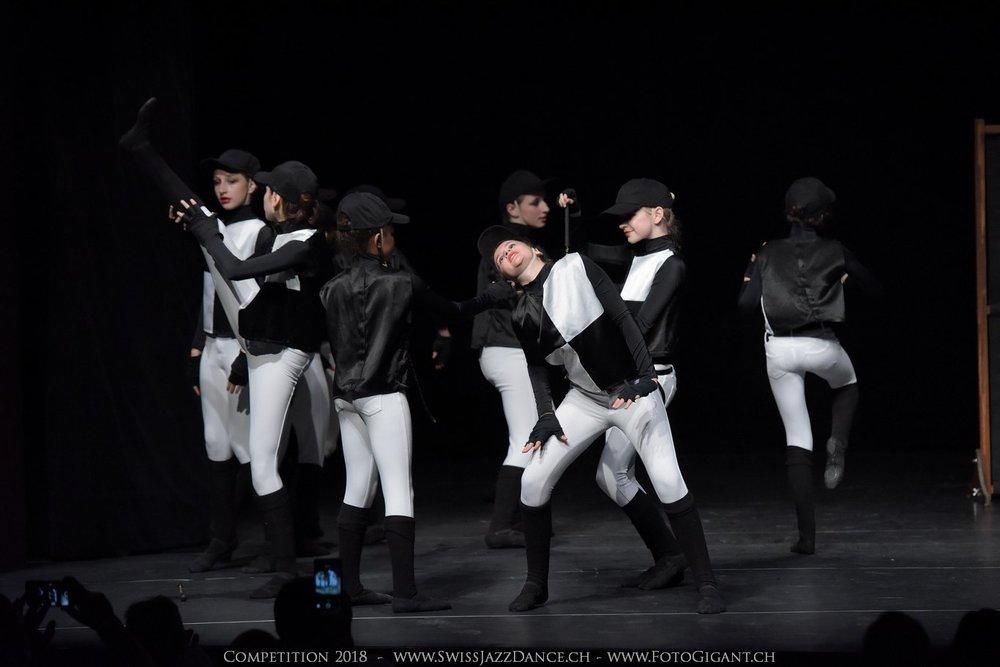 Showdance_2018_1163s.jpg