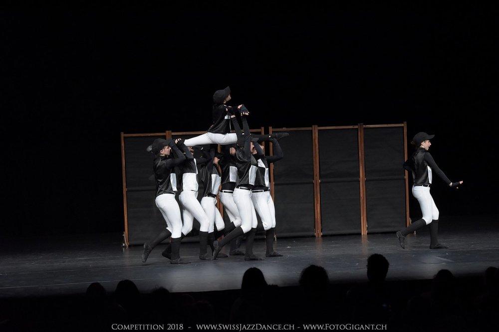 Showdance_2018_1173s.jpg