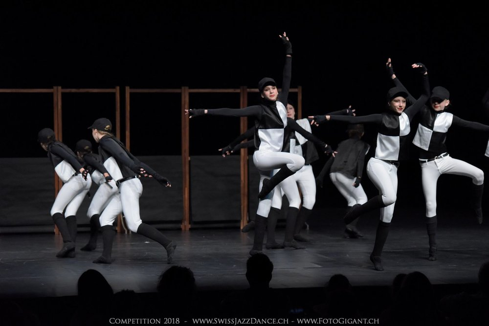 Showdance_2018_1202s.jpg