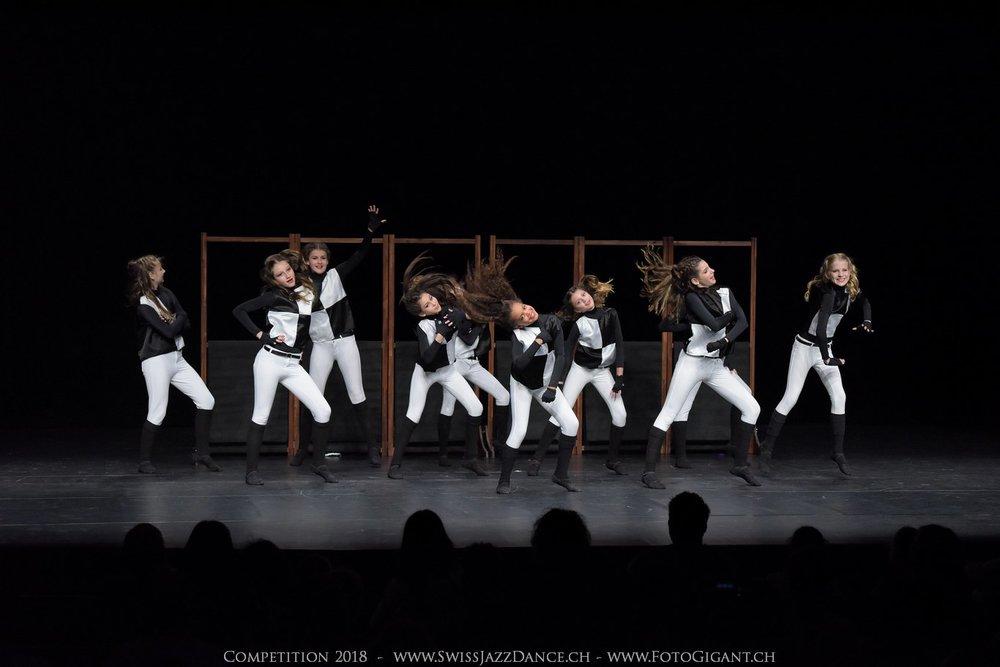 Showdance_2018_1236s.jpg