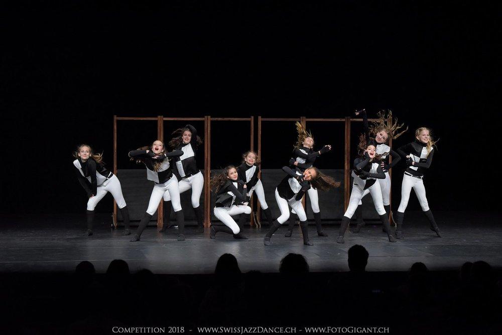 Showdance_2018_1238s.jpg
