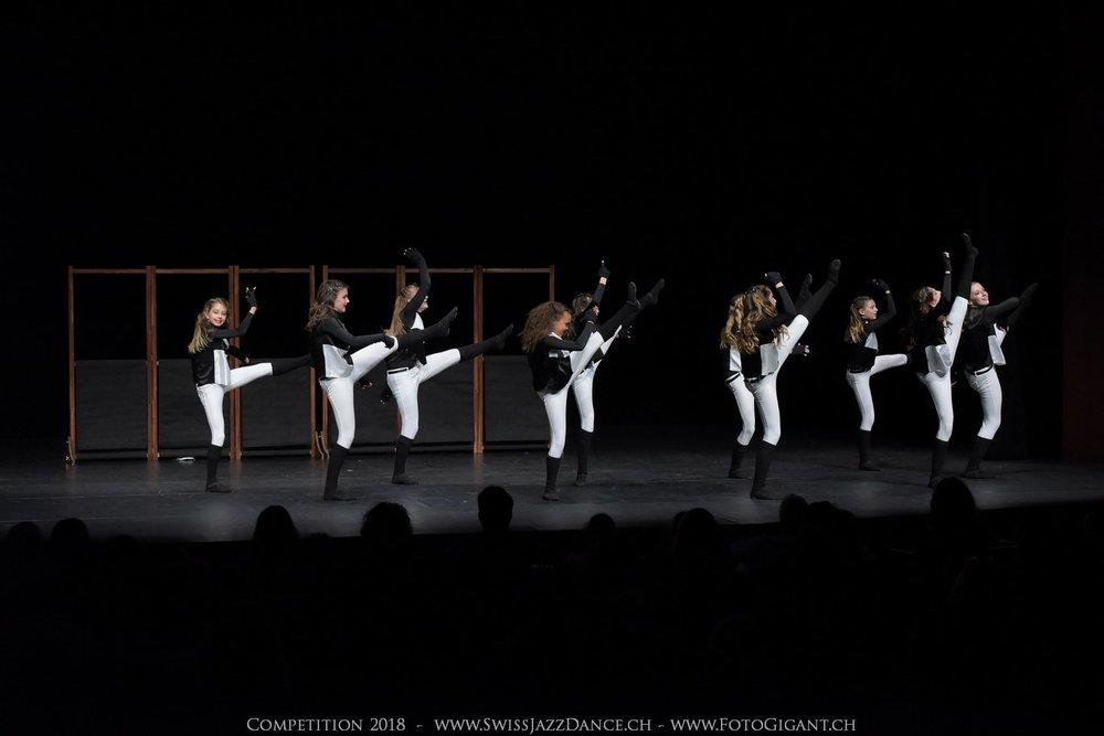 Showdance_2018_1252s.jpg